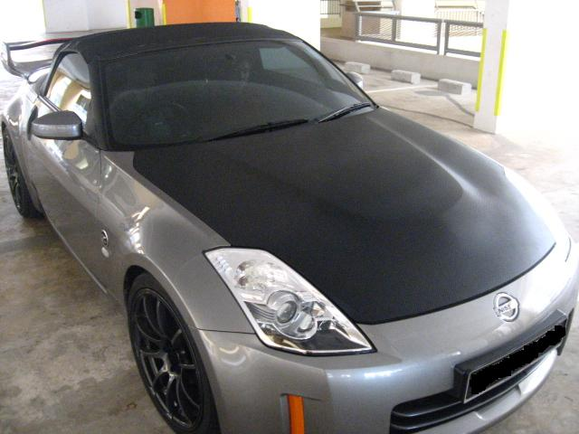 Bonnet View 3 Nissian FairLady 350Z- Semi Gloss CF